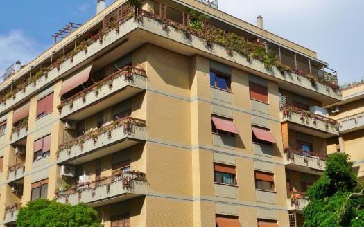 Ostia Attico Simonetti esterna (1024x850)